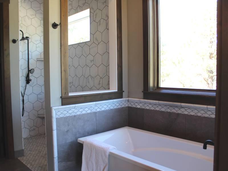 built by Boulevard Homes NW, LLC, 250 Good Pasture Loop, Terrebonne on